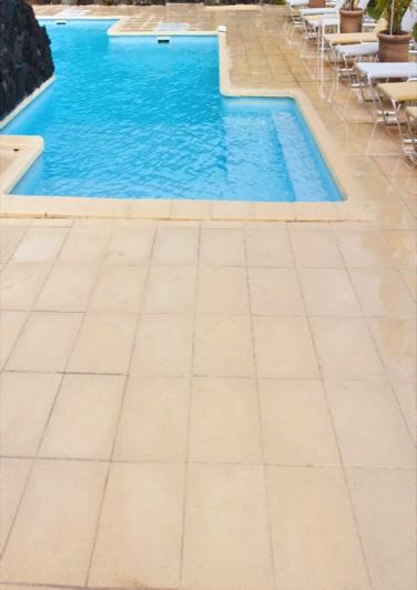 Metal pools